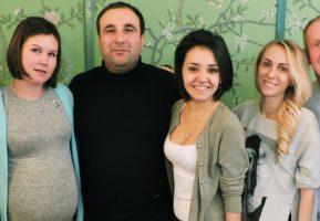 Герои шоу «Однажды в России» в гостях у купца