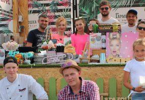 Гармошка устроила гастрономический праздник на Музыке мира в Белом Колодце